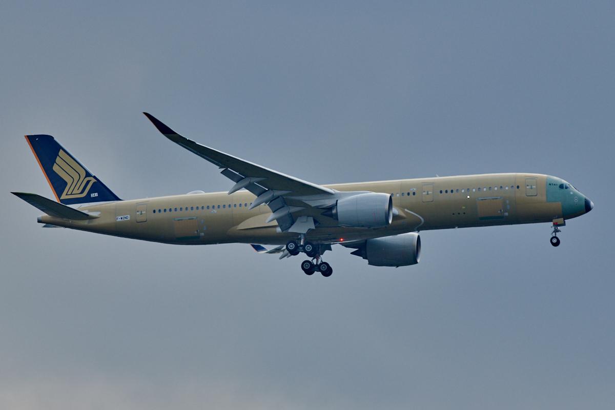 Singapore Airlines F-WZND-0341 A350-941